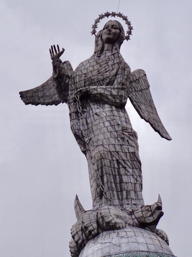 Ecuador Quito La Virgen de El Panecillo
