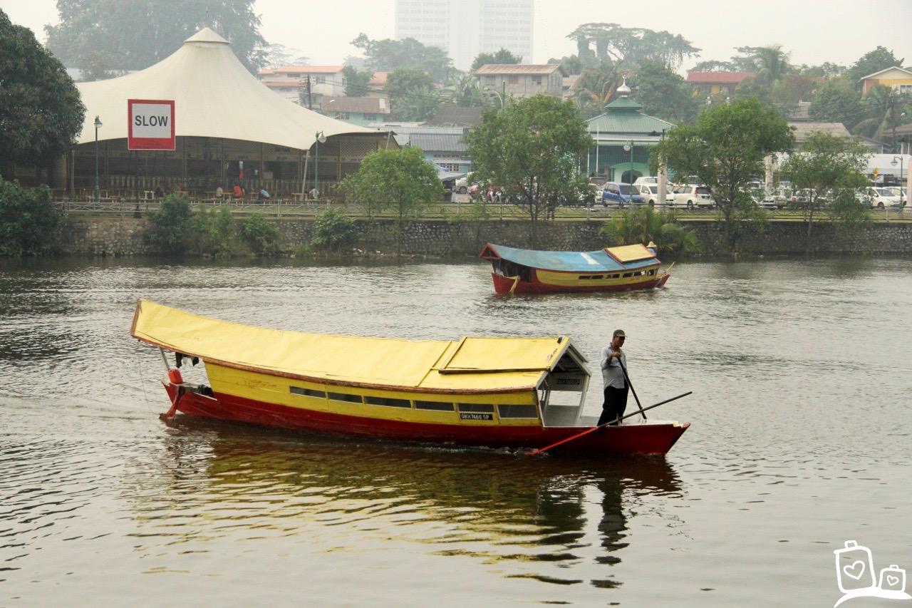 Borneo-Kuching-Sarawak-Rivier